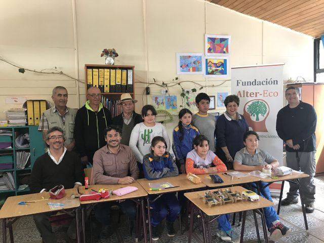 Alumnos de Escuela del Valle de Elqui participaron en carrera de autos solares organizada por nuestra Fundación
